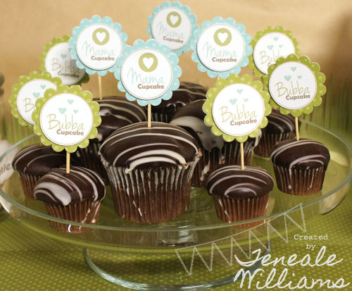 Mama and Bubba Cupcakes by Teneale Williams
